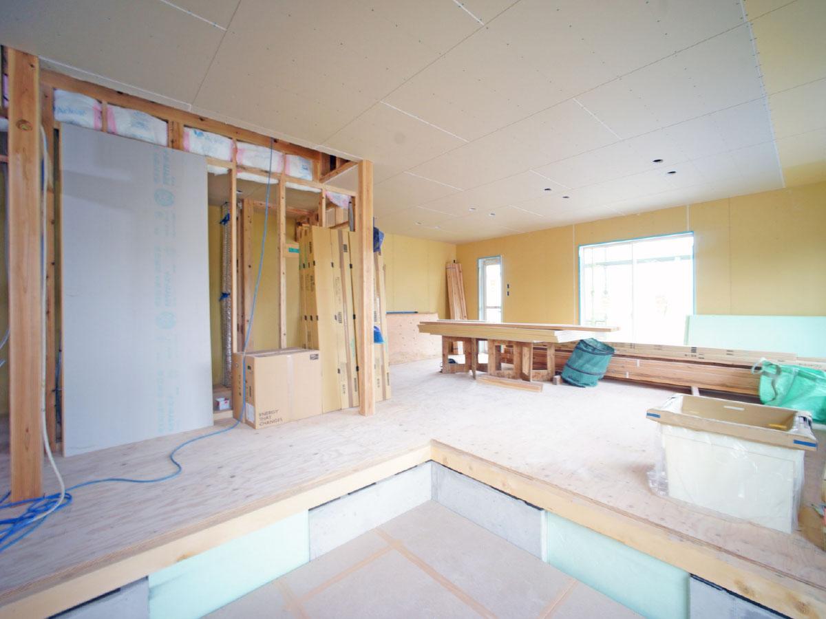 外壁塗装 ・各種塗り替え・屋根塗装・断熱塗装・遮熱塗装、内装塗装・防水工事・リフォーム・リノベーション
